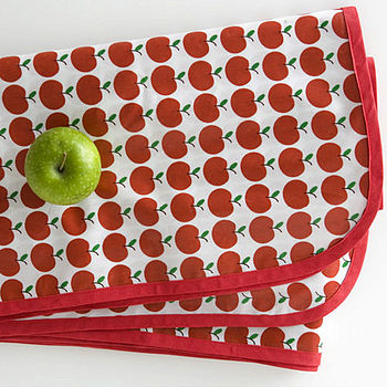Fresh Apple Print Tablecloth - Click Image to Close